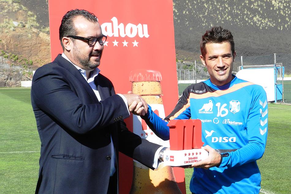 Aitor Sanz, elegido por la afición como el Jugador Cinco Estrellas de noviembre