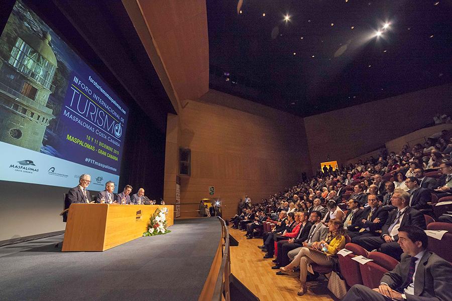 auditorio en la presentación 2